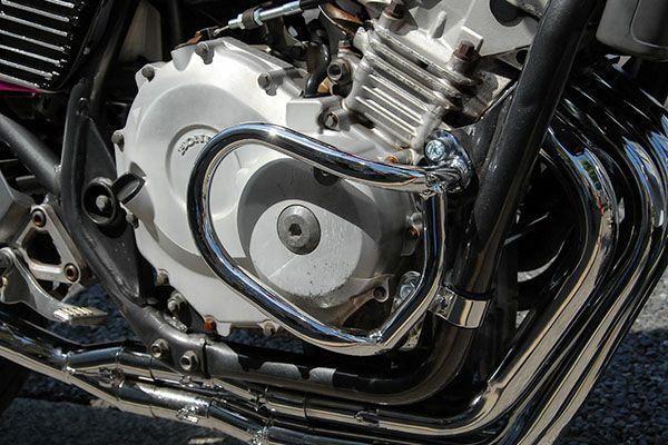 JADE(ジェイド)250メッキエンジンガード